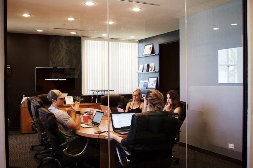 Gestión de Comités La aplicación definitiva para organizar reuniones